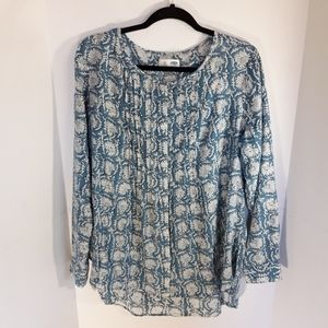 Old Navy 100% cotton button down tunic. Large